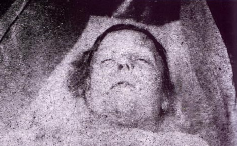 the murder of mary ann polly nichols a whitechapel murder victim by jack the ripper The sites of the whitechapel murders committed by jack the ripper for the article  on  the first of the canonical five, mary ann nichols, also known as polly, was.